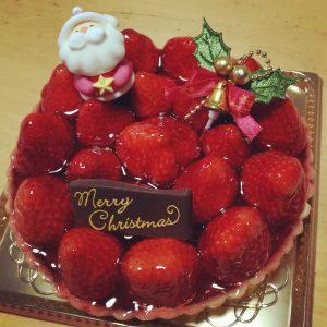 イチゴたっぷりケーキでメリー・クリスマス!