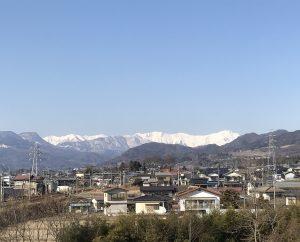 真っ白な谷川岳