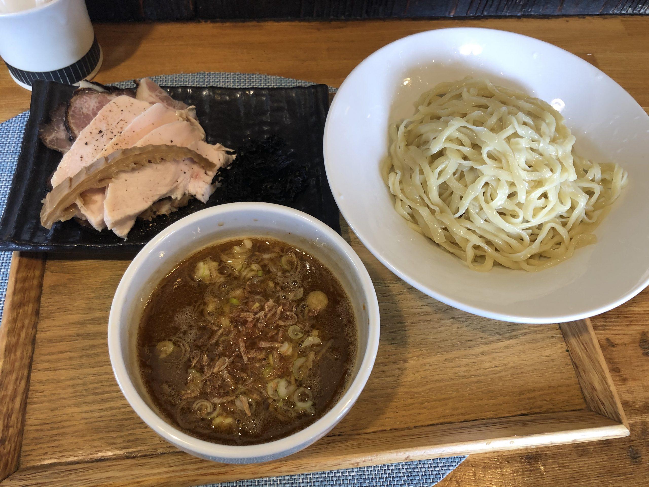 中華蕎麦はざまで、ラーメン or つけ麺
